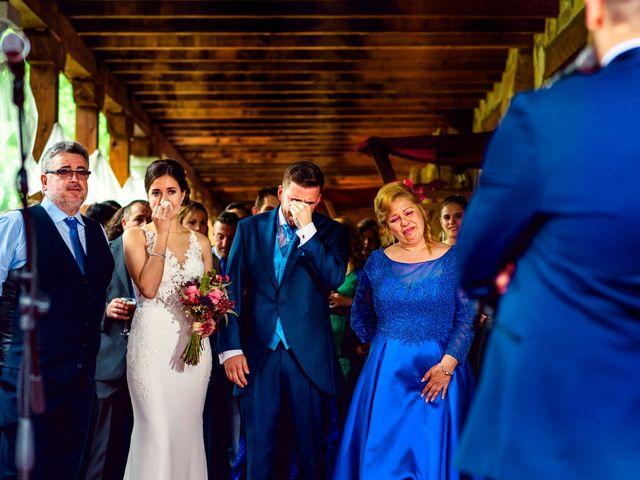 La boda de Juanjo y Vanessa en Navaluenga, Ávila 66