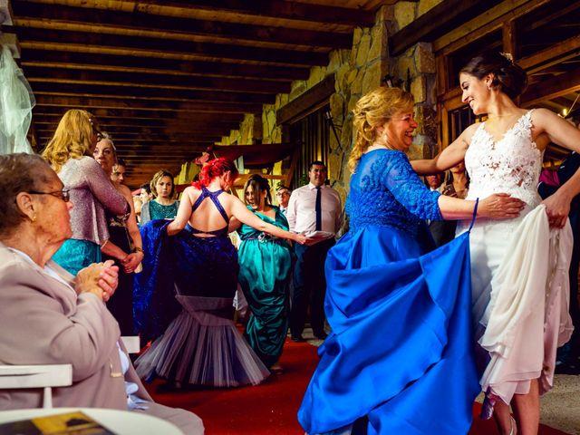 La boda de Juanjo y Vanessa en Navaluenga, Ávila 70