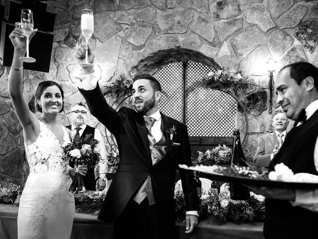 La boda de Juanjo y Vanessa en Navaluenga, Ávila 73