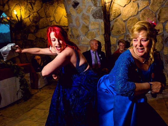 La boda de Juanjo y Vanessa en Navaluenga, Ávila 84