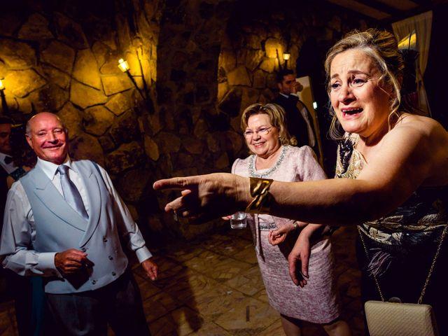 La boda de Juanjo y Vanessa en Navaluenga, Ávila 86