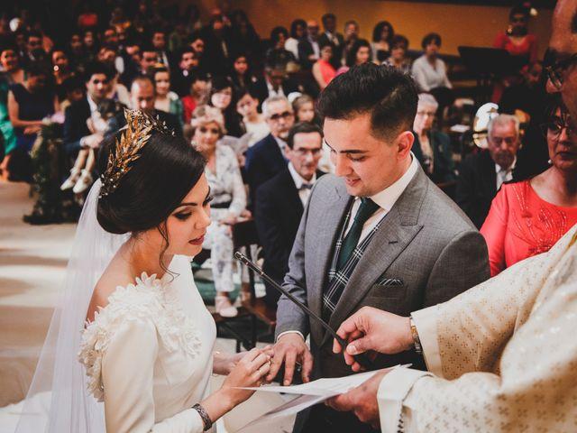 La boda de Carlos y Amparo en Villarta De San Juan, Ciudad Real 21