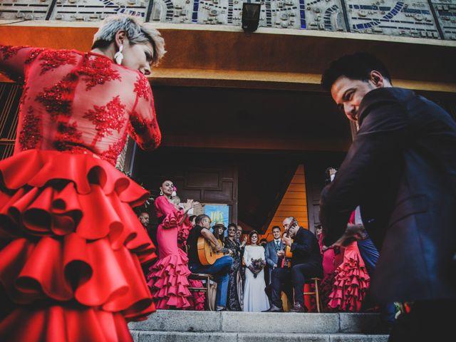 La boda de Carlos y Amparo en Villarta De San Juan, Ciudad Real 23