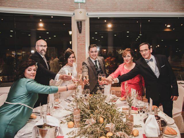 La boda de Carlos y Amparo en Villarta De San Juan, Ciudad Real 30