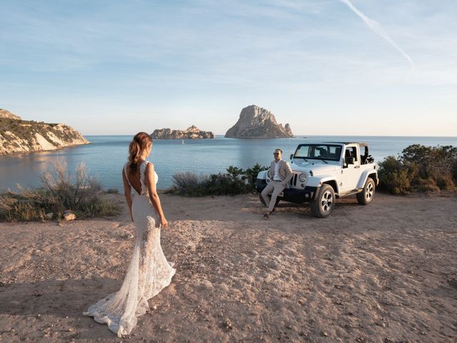 La boda de Adam y Aggie en Eivissa, Islas Baleares 21
