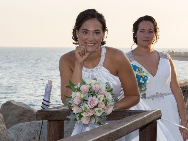 La boda de Mª Carmen y Paulina en Málaga, Málaga 11