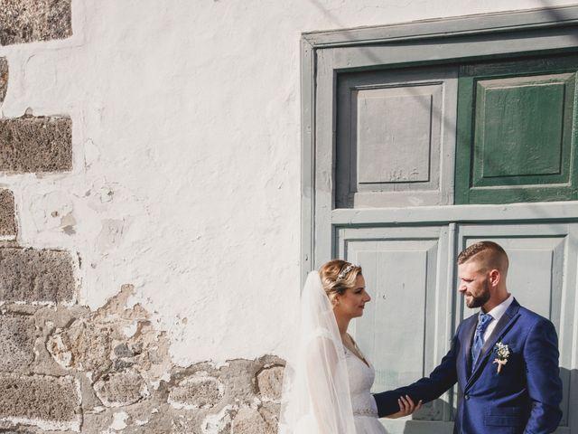 La boda de Adrian y Dayana en Arrecife, Las Palmas 14
