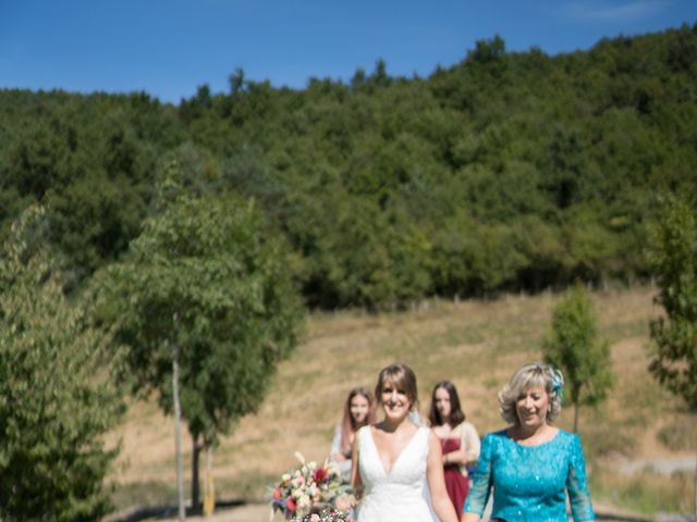 La boda de Arturo y Lorena en Beraiz, Navarra 18