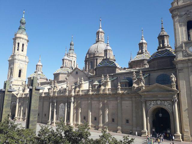 La boda de Adriana y Manel en Zaragoza, Zaragoza 3