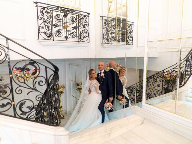 La boda de Viridiana y Benito en Valdilecha, Madrid 63