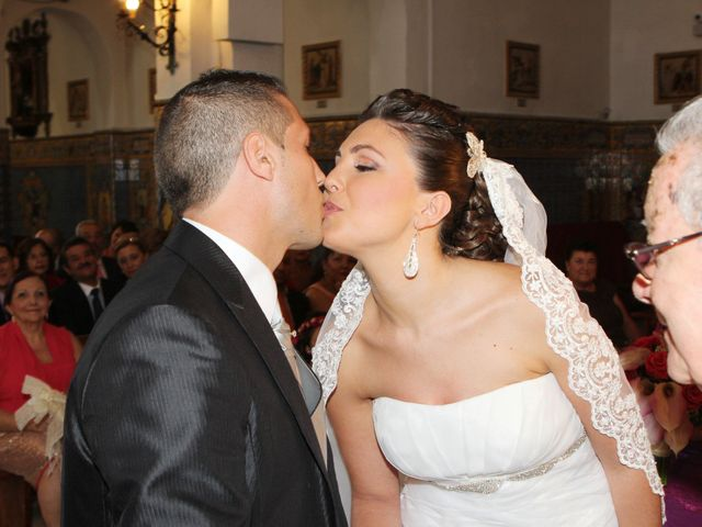 La boda de Javier y Rosa en Carmona, Sevilla 13