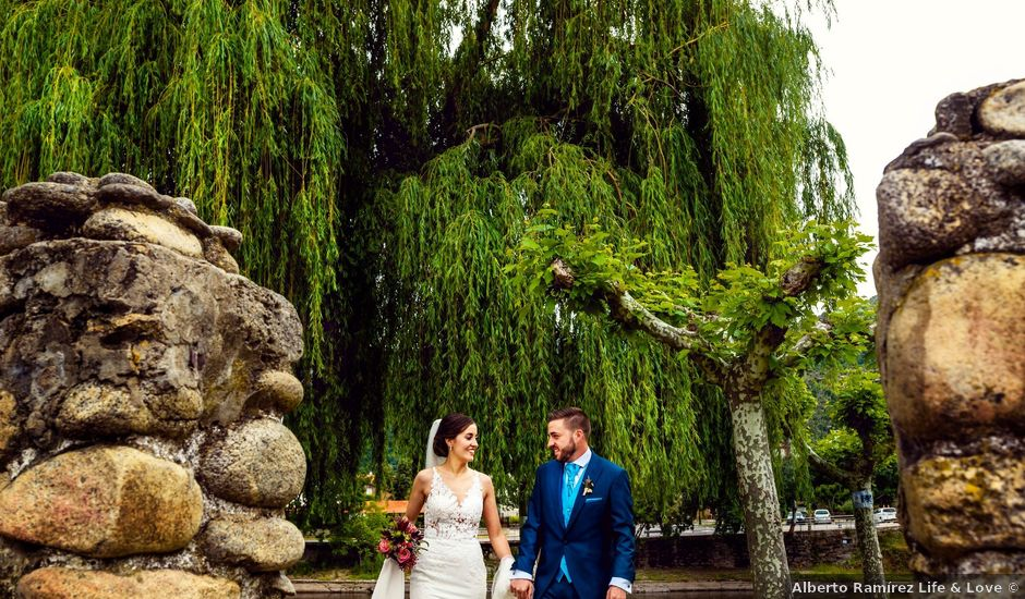 La boda de Juanjo y Vanessa en Navaluenga, Ávila
