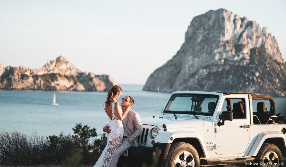 La boda de Adam y Aggie en Eivissa, Islas Baleares
