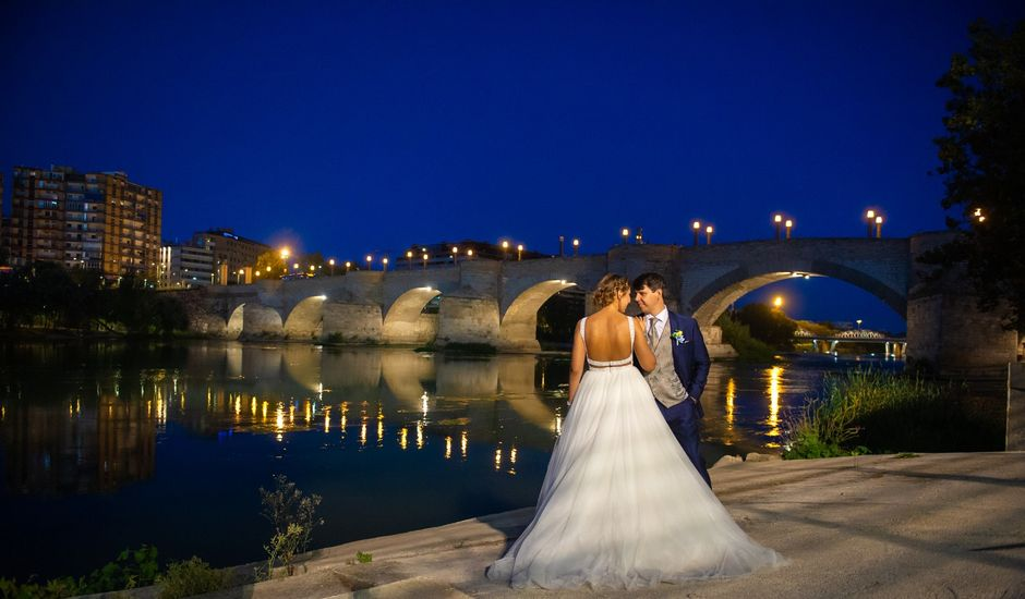 La boda de Adriana y Manel en Zaragoza, Zaragoza
