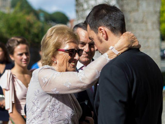 La boda de Rafael y Natalia en Santiago De Compostela, A Coruña 15