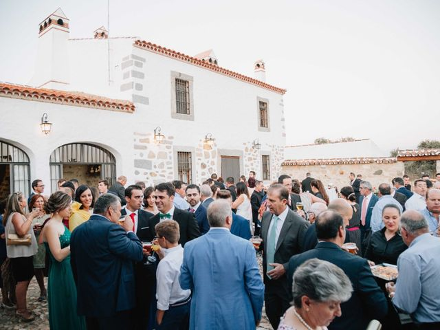La boda de Carlos y Verónica en Pozoblanco, Córdoba 17