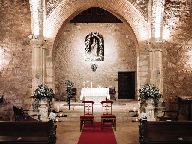 La boda de Rafa y Cristina en Ballesteros De Calatrava, Ciudad Real 46