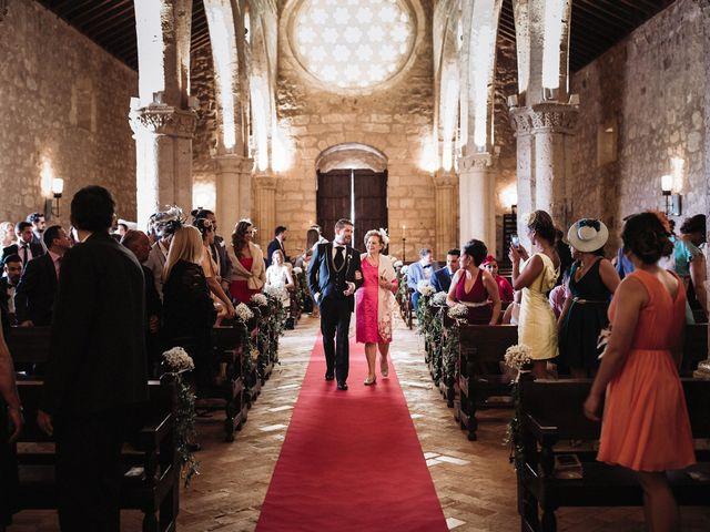 La boda de Rafa y Cristina en Ballesteros De Calatrava, Ciudad Real 48