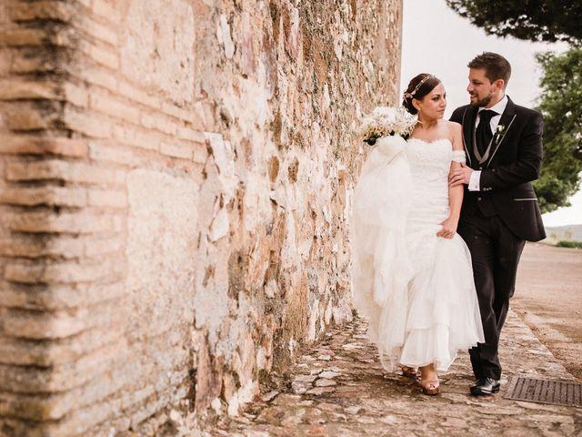 La boda de Rafa y Cristina en Ballesteros De Calatrava, Ciudad Real 83