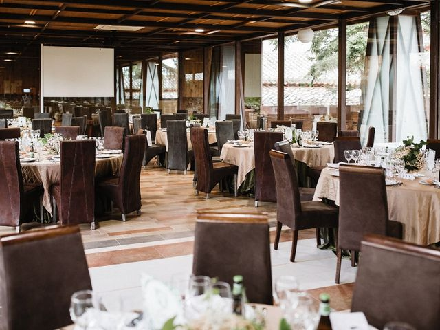La boda de Rafa y Cristina en Ballesteros De Calatrava, Ciudad Real 87