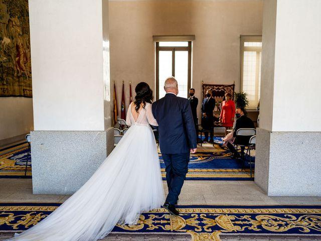 La boda de Jose y Carmen en Madrid, Madrid 15
