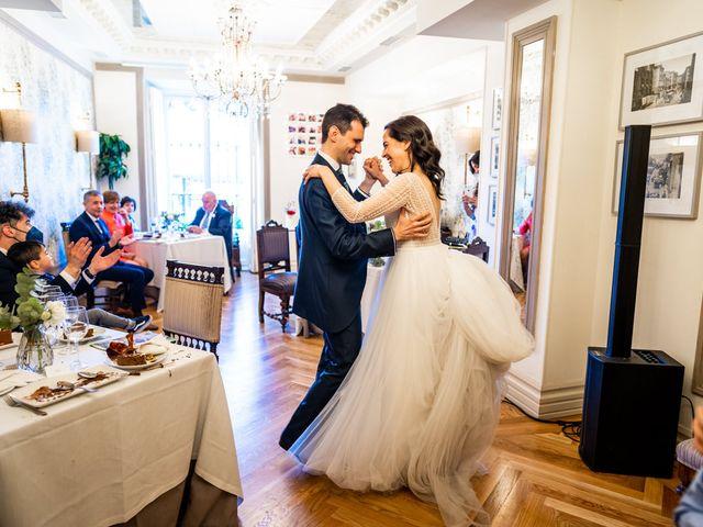 La boda de Jose y Carmen en Madrid, Madrid 30