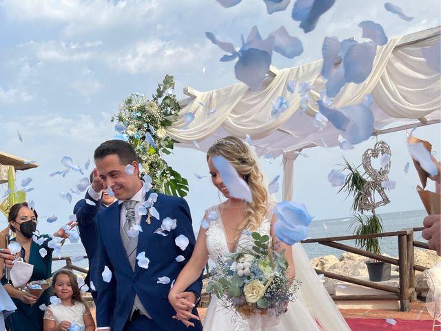 La boda de Julio y Laura en Málaga, Málaga 3