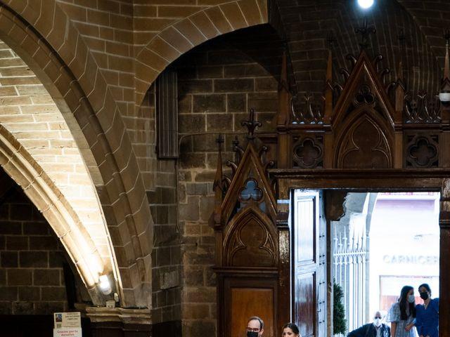 La boda de Javier y Almudena en Pamplona, Navarra 7