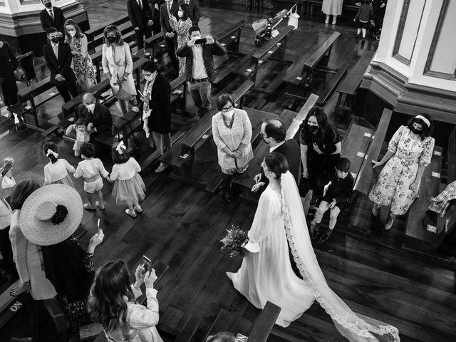 La boda de Javier y Almudena en Pamplona, Navarra 8