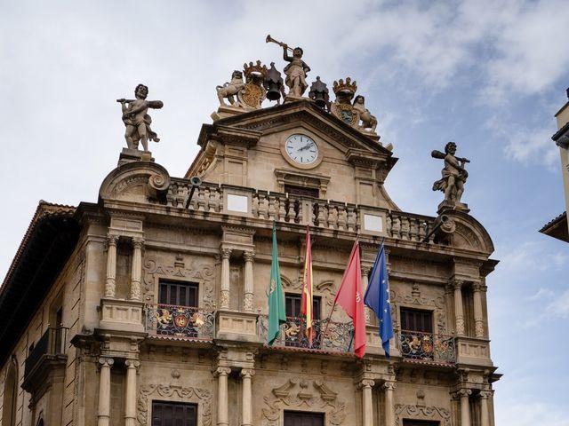 La boda de Javier y Almudena en Pamplona, Navarra 17