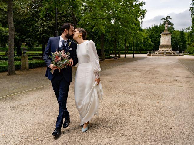 La boda de Javier y Almudena en Pamplona, Navarra 2