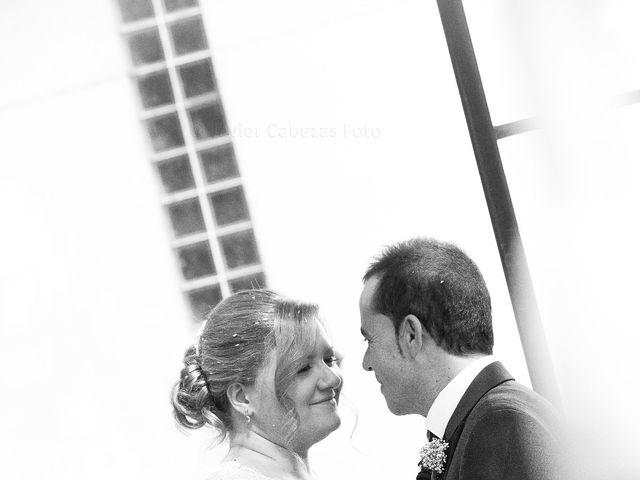 La boda de Mario y Chari en Vilamartin De Valdeorras, Orense 14