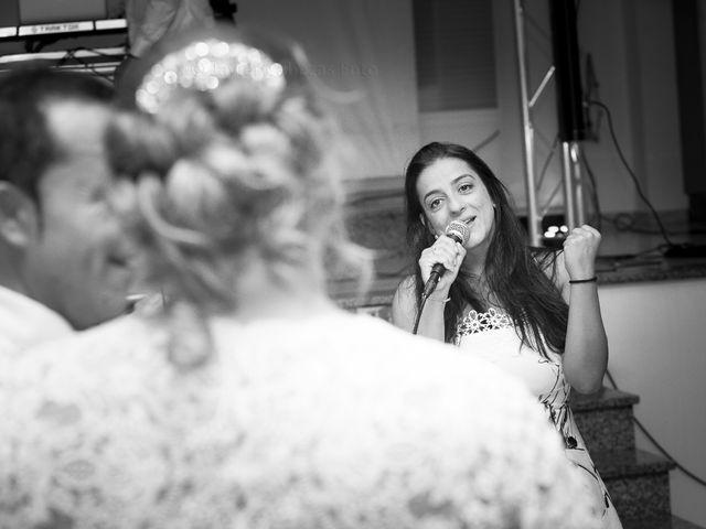 La boda de Mario y Chari en Vilamartin De Valdeorras, Orense 16