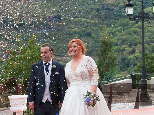 La boda de Mario y Chari en Vilamartin De Valdeorras, Orense 20