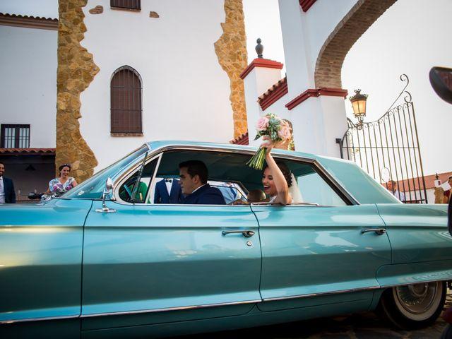 La boda de Benito y Mª. Ángeles en Jerez De Los Caballeros, Badajoz 10