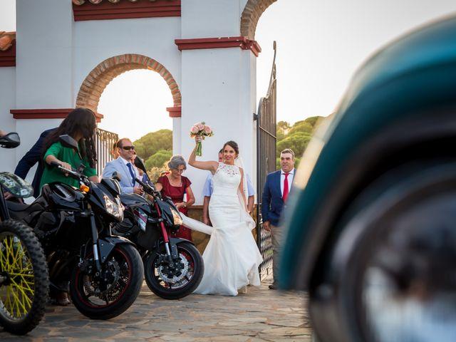 La boda de Benito y Mª. Ángeles en Jerez De Los Caballeros, Badajoz 11