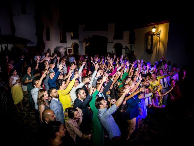 La boda de Benito y Mª. Ángeles en Jerez De Los Caballeros, Badajoz 23