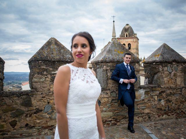 La boda de Benito y Mª. Ángeles en Jerez De Los Caballeros, Badajoz 40