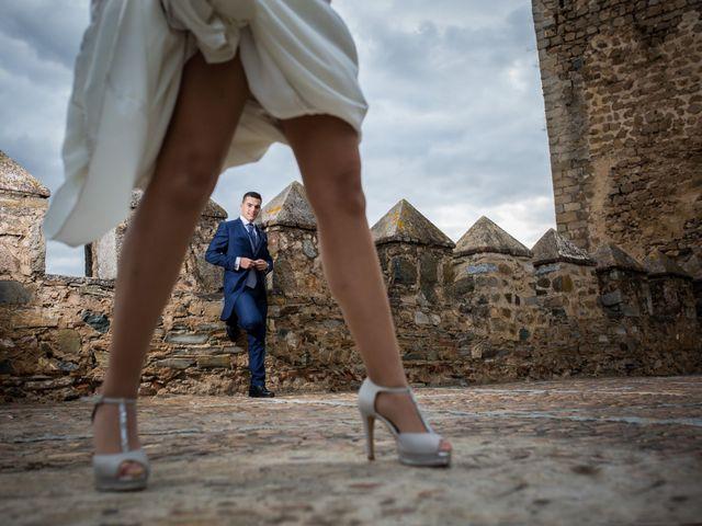 La boda de Benito y Mª. Ángeles en Jerez De Los Caballeros, Badajoz 42