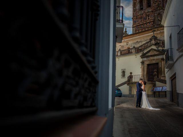 La boda de Benito y Mª. Ángeles en Jerez De Los Caballeros, Badajoz 45