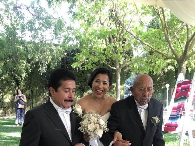 La boda de Joaquín  y Nelly en Villarrobledo, Albacete 1
