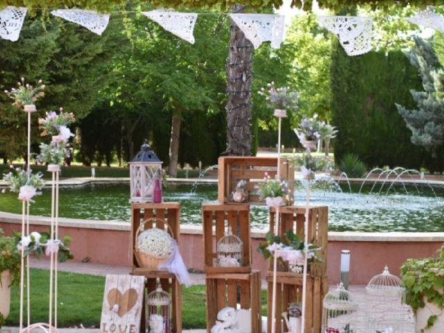 La boda de Joaquín  y Nelly en Villarrobledo, Albacete 16