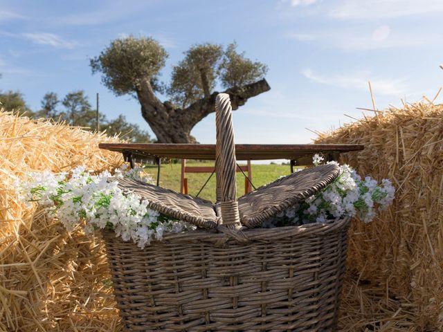 La boda de Carlos y Cristina en Sant Pere Pescador, Girona 1