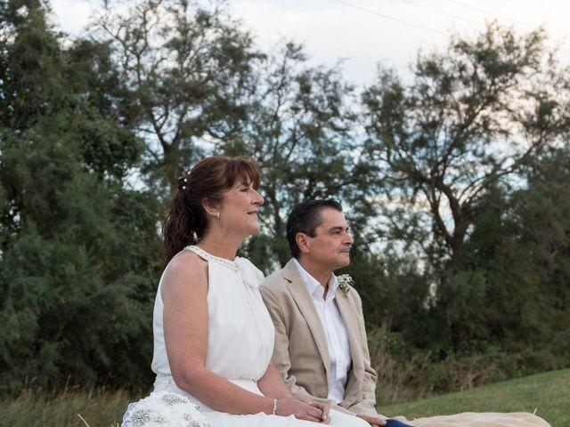 La boda de Carlos y Cristina en Sant Pere Pescador, Girona 15