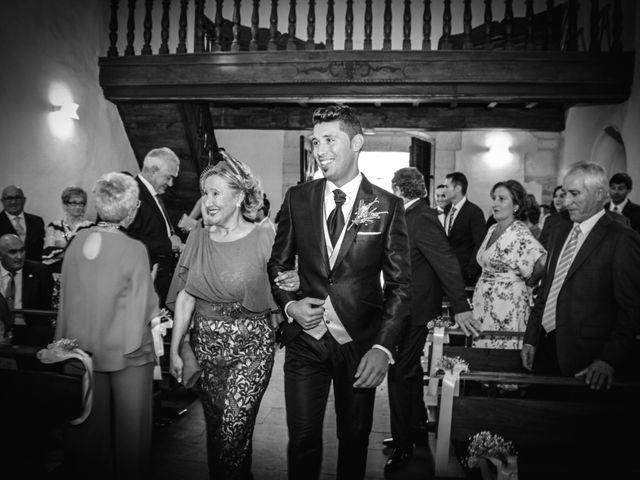 La boda de Juan y Bea en Oviedo, Asturias 13
