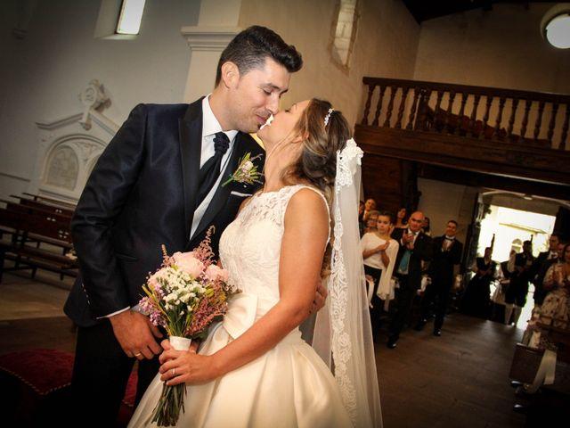 La boda de Juan y Bea en Oviedo, Asturias 23