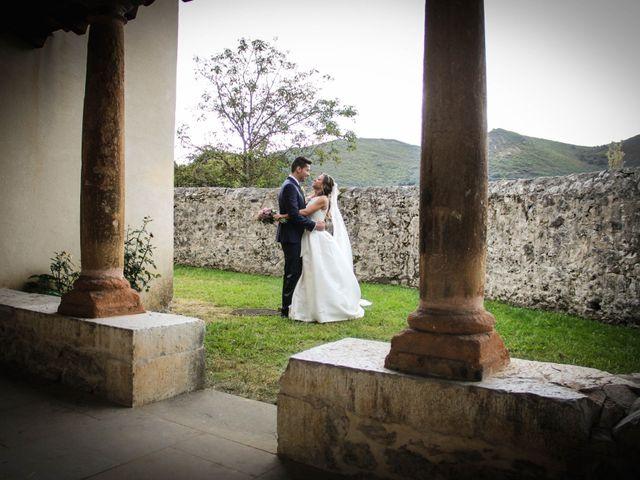 La boda de Juan y Bea en Oviedo, Asturias 32