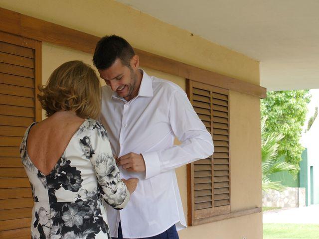 La boda de Laura y Javi en Castelló/castellón De La Plana, Castellón 11