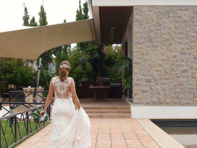La boda de Laura y Javi en Castelló/castellón De La Plana, Castellón 14