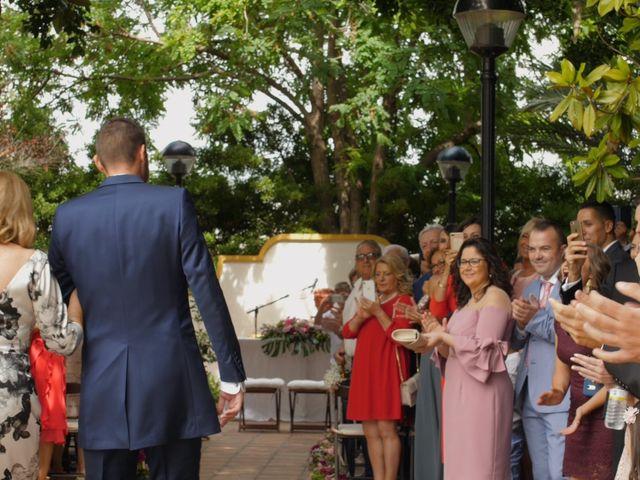 La boda de Laura y Javi en Castelló/castellón De La Plana, Castellón 16